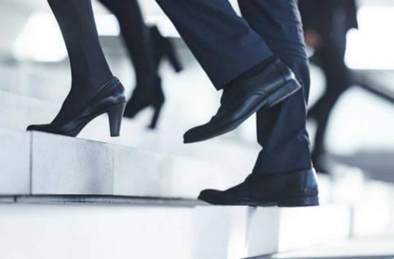 Visionære ledere blander sig i medarbejdernes sundhed – vil du vide hvorfor?
